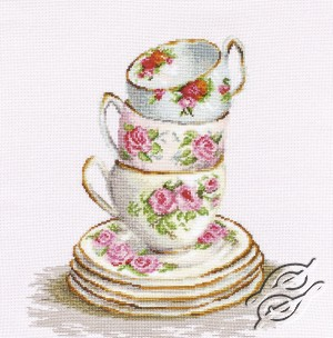 3 Stacked Tea Cups